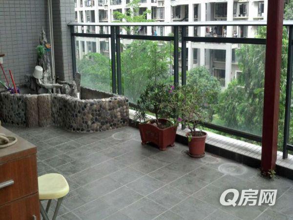 《20平米景观阳台》鼎太风华《首次出租》拎包入住《花园中间》